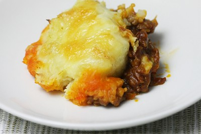 イギリス風 羊ひき肉とマッシュポテトの重ね焼き(シェファーズパイ) 盛り付け