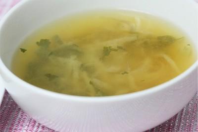 玉葱ともやしの味噌汁